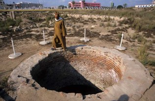 Photo: Norbert Schiller, a 1st century well that according to Dr. Mahmoud Omar, was created by the Holy Family. This is, however, disputed by the Egyptian Antiquities Organization.