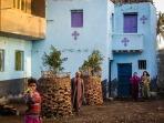 Photo: Paul Perry, Christians family at Ishnin al-Nasara.