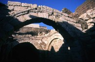 Photo: Norbert Schiller, the arch of church ruin in al-Bahnasa.