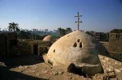 Photo: Norbert Schiller, dome of the Church of Apa Hor at Sawada.