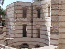 Photo: Wikipedia, the fortress
